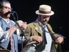 Colin and Chris of the Decemberists playing around in Cleveland 2011