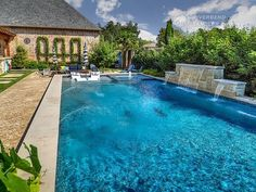 Riverbend Sandler Pools offers Geometric Pool Designs Dallas, Frisco and surrounding areas that homeowners can be proud of. Backyard Pool Landscaping, Backyard Pool Designs, Backyard Ideas, Patio Ideas, Swimming Pools Backyard, Swimming Pool Designs, Hampton Pool, Rectangle Pool, Pool Water Features