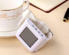 Nadupané inteligentné bluetooth hodinky v bielej farbe