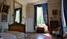 La chambre de la comtesse O'Gorman Au rez-de-chaussée du château de la Ferté Saint-Aubin
