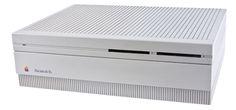Macintosh IIx, overgenomen van de universiteit, gebruikt als webserver.
