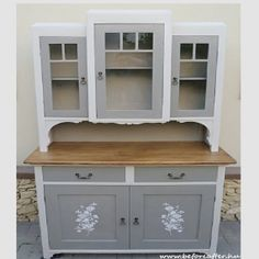 9 Chalk Paint Furniture, Diy Furniture Projects, Upcycled Furniture, Shabby Chic Furniture, Furniture Makeover, Vintage Furniture, Painted Closet, Vintage Buffet, Farmhouse Kitchen Cabinets