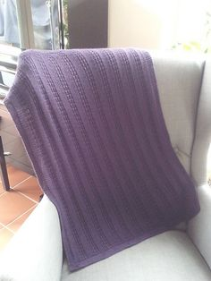 by Bea Knitted Blankets, Lana, Ravelry, Free Pattern, Throw Pillows, Knitting, Design, Crocheting, Toss Pillows
