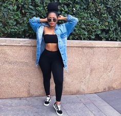 Look at other great ideas about Fashion outfits, Spoils clothes and Girl design and style. Chill Outfits, Dope Outfits, Swag Outfits, Trendy Outfits, Summer Outfits, Baddies Outfits, Fashion Killa, Look Fashion, Girl Fashion