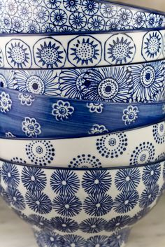 Gorgeous blue & white bowls (photo by Charlie Lee Potter)