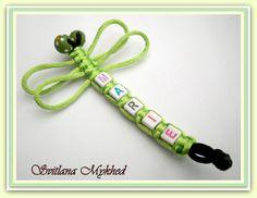 """Bijoux nomine `Libellule` . Breloque, pendentif personnalisables """"Marie"""" avec prenom ou message : Bracelet par perles-et-couronnes"""