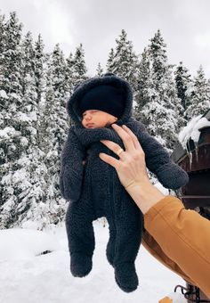 and baby goals marpaquin Cute Little Baby, Lil Baby, Baby Kind, Little Babies, Cute Babies, Baby Boys, Camo Baby, Baby Gap, Cute Baby Boy Outfits