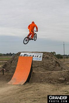 downhill competition {duds} from high south convict