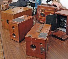 1800s cameras...Beautiful