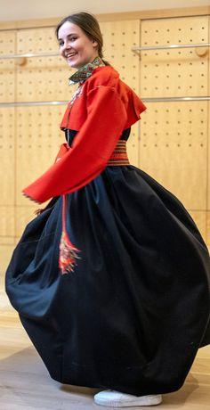Crown Princess Ingrid Alexandra of Norway is becoming quite the fashionista Ingrid Alexandra, Estilo Real, Nicole Richie, Celebrity Photos, Claudia Lars, Glamour, Royal Families, Confirmation, Elegant