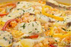 Moqueca de peixe e camarão!!!  :)