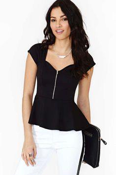 Zip Bodice Peplum Top in Clothes Trends Peplum at Nasty Gal Blouse Styles, Blouse Designs, Casual Outfits, Cute Outfits, Business Outfits, Work Attire, Work Fashion, Dress To Impress, Vintage Outfits
