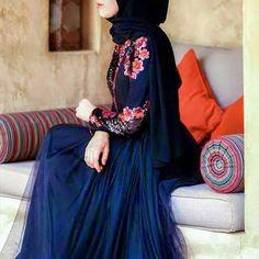Love this Abaya :)