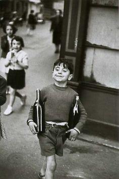 Henri Cartier-Bresson. Rue Mouffetard, Paris. 1958.