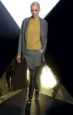 Look 10 _ 525 Jacket . 102 Sweater . 716 Skirt . 435 Leggings . 280P Ankle Boots