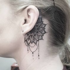 How about a delicate mandala? | 19 Beautiful Tattoos That Will Look Perfect On Your Ears