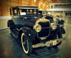 1924 Lincoln Model L Town Car, photo by Hadi Kadri