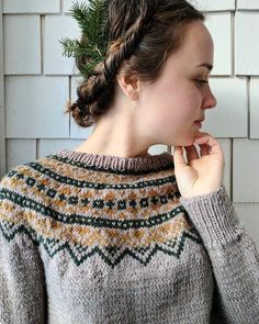 4,002 vind-ik-leuks, 38 reacties - julia (@woodfolkk) op Instagram: 'This handknit fairisle is now up in our Etsy Shop🌲! I find the colours are perfect for woodland…'