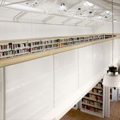 Arredi per la Biblioteca dell'Università di Padova Padova, Home Decor, Decoration Home, Room Decor, Home Interior Design, Home Decoration, Interior Design