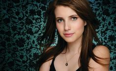 Emma Roberts Is Very Nice Actress In Hollywood Movies And Emma Roberts Supar Hit Girl. American Horror Story Coven, Best Facebook Cover Photos, Romance, Emma Roberts, Orange Is The New Black, Ex Girlfriends, Horror Stories, Celebrity Pictures, Clear Skin