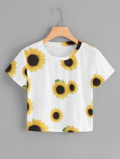 Product name: Plus Sunflower Print Tee at SHEIN, Category: Plus Size T-shirts Teen Fashion Outfits, Outfits For Teens, Trendy Outfits, Girl Outfits, Summer Outfits, Crop Tops For Kids, Cute Crop Tops, Cropped Tops, Jugend Mode Outfits