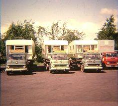 Bedford TKs and Pembertons Vintage Caravans, Vintage Travel Trailers, Vintage Campers, Caravan Pictures, Bedford Truck, Caravan Holiday, Motor Homes, Mobile Homes, Commercial Vehicle