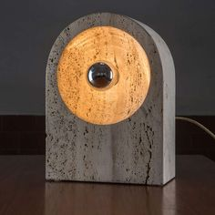 Nucleo; Travertine Table Lamp for Sormani, 1970.