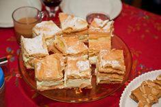 Nicht nur in Polen ist die Karpatka-Polnische Cremeschnitte ein himmlischer Genuss. Das Rezept bekommt auch hierzulande immer mehr begeisterte Fans. German Baking, Apple Pie, Camembert Cheese, Dairy, Polish, Sweets, Cookies, Cream, Cake