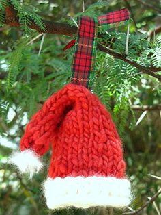 Knitted Santa Hat Christmas Ornament pattern by Linda Dawkins