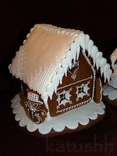 Perníková chaloupka- detail Gingerbread Cookies, Christmas Cookies, Gingerbread Houses, Christmas Ideas, Gingerbread Recipes, Free To Use Images, Food Art, Recipies, Baking