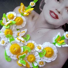 """BIB STATEMENT FELT NECKLACE """"FLOWERS-5"""" £11.99 super cute yellow and white flowers, butterflies, spring green... Mm I love it! I wanna make it!"""
