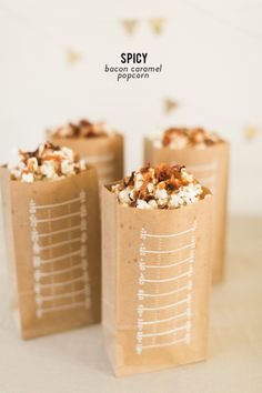 Spicy Bacon Caramel Popcorn: http://www.stylemepretty.com/living/2015/01/28/spicy-caramel-bacon-popcorn/ | Photography: Ruth Eileen - http://rutheileenphotography.com/