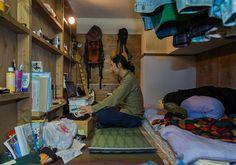 Japan op z'n smalst, wonen in een capsulehotel - Nomad & Villager
