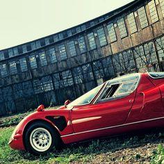 Alfa Romeo 33 Stradale #alfa #alfaromeo #italiancars #italian #alfaholic #cuore #sportivo #cuoresportivo #stradale #alfaromeo33