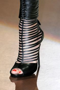 Gucci Black Heels ~ 30 Mood Setting High Heels Because Life Is Too Short To Wear Flats - Style Estate -