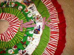2013 Grinch Christmas Tree Skirt by HappyCrabBoutique on Etsy