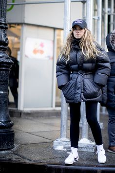 Streetstyle on the New York Fashion Week 2017 , Snow can't beat the fashionista's