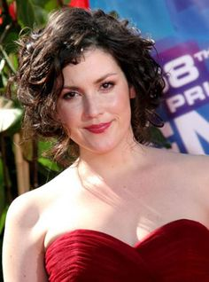 Melanie Lynskey was Rose the Stalker on Two and a Half Men