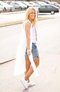 Shorts från Object, långskjorta från Vero Moda | http://www.mandeldesign.se/