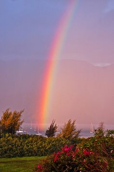 Somewhere Over the Rainbow is a fantastic Country Rainbow Magic, Rainbow Sky, Love Rainbow, Over The Rainbow, Rainbow Colors, Beautiful Sky, Beautiful Places, Beautiful Pictures, Nature Sauvage