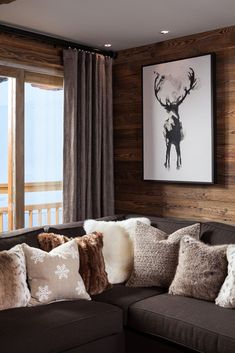 Beautiful Log Cabin Rustic Home Decor Trendy home living room cozy cabin Water Purifiers - How S Chalet Chic, Cabin Chic, Chalet Style, Cozy Cabin, Winter Cabin, Cozy Winter, Chalet Design, Cozy Living Rooms, Home Living Room
