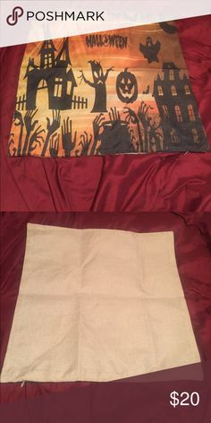 🎃New list! 🎃 Halloween pillow case! This pillow cover is perfect for your Halloween home decor! 👻A pillow to go inside does not come with this listing and fits a pillow that is 18x18 inches. There is a zipper on the side to insert pillow. Feel free to make an offer! 🎃 Accessories