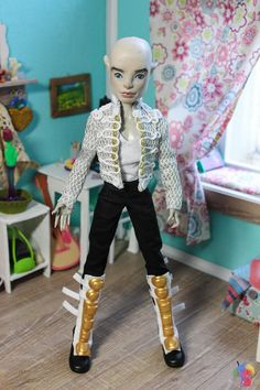 Handmade Monster High dolls clothes on order. I sew clothes for various dolls. Presented clothes fit Monster High dolls and Ever After High dolls. Just sew on Ever After High, Barbie, J-Doll, Ai Jun planing ... I accept individual orders. For more details before order, please, contact me. Examples of sewn doll clothes, shoes can be found here https://vk.com/album-40319002_200435260 https://www.flickr.com/photos/82866546@N02/albums/72157662956352251...