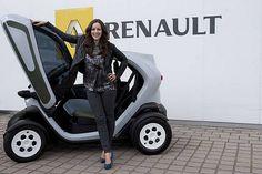 Jasmin Wagner fährt Renault Twizy…