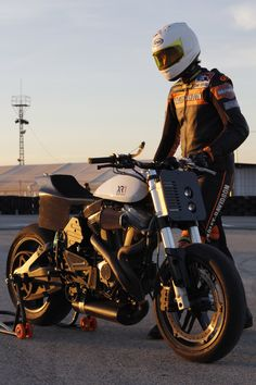 First Test Ride with the Bott XR1 and the Twin Motorcycles Torque Hammer. - The Sportster and Buell Motorcycle Forum