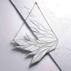 L'envie de la semaine : le collier en marbre et or d'Anne-Sophie Chhim - Les Marieuses