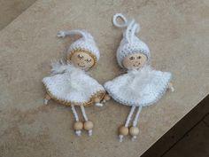 my world of crochet 2 kleine engelchen. Home Design Ideas Diy Christmas Angel Ornaments, Crochet Christmas Decorations, Crochet Decoration, Christmas Crochet Patterns, Christmas Angels, Christmas Crafts, Fairy Crafts, Angel Crafts, Diy And Crafts