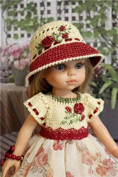 adjust this adorable sweater and het, for doll ~ Одежда для кукол 30 - 33 см. Crochet Doll Clothes, Knitted Dolls, Doll Clothes Patterns, Girl Doll Clothes, Doll Patterns, Girl Dolls, Baby Dolls, Pretty Dolls, Beautiful Dolls