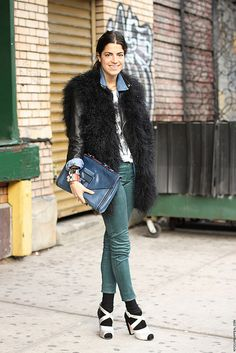 Leandra Medine of The Man Repeller (image: nyccurbappeal)