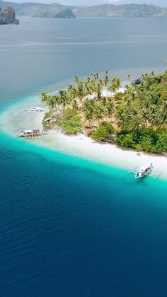 Palawan, Philippines is home to some of the most beautiful hotels in the world. Imagine waking up in an overwater bungalow that's perched above crystal clear water. We've compiled the top 7 bungalows in Palawan. Beautiful Places In The World, Beautiful Hotels, Beautiful Beaches, Cool Places To Visit, Places To Go, Beach Trip, Hawaii Beach, Oahu Hawaii, Beach Travel